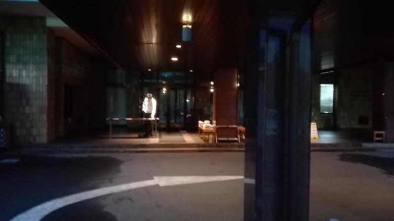 新奈良ゴルフ倶楽部早朝受付風景